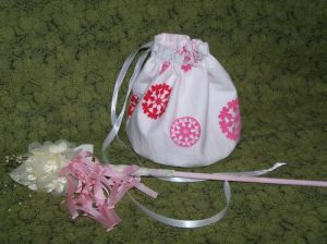 saffron-pixie-bag-and-wand