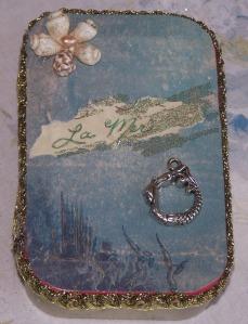 mermaid tin