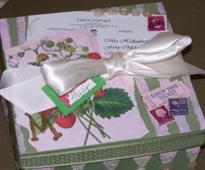 y strawberry box